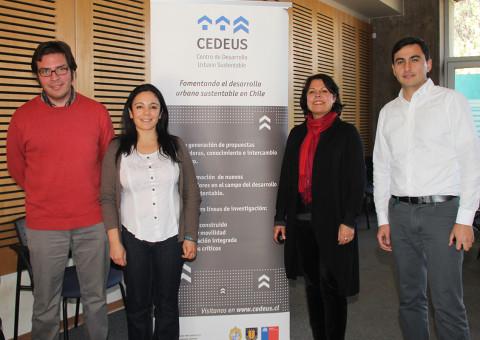Los investigadores organizadores del coloquio Jorge Gironás, Ximena Salinas, Sonia Reyes y Francisco de la Barrera.