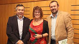 La académica de Arizona State University y experta en eventos climáticos extremos, Nancy Grimm, junto a los organizadores del encuentro: el investigador Cristián Henríquez y el director de CEDEUS Jonathan Barton.