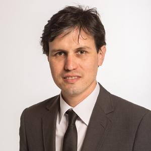 Investigadores_0001s_0002_Felipe Encinas