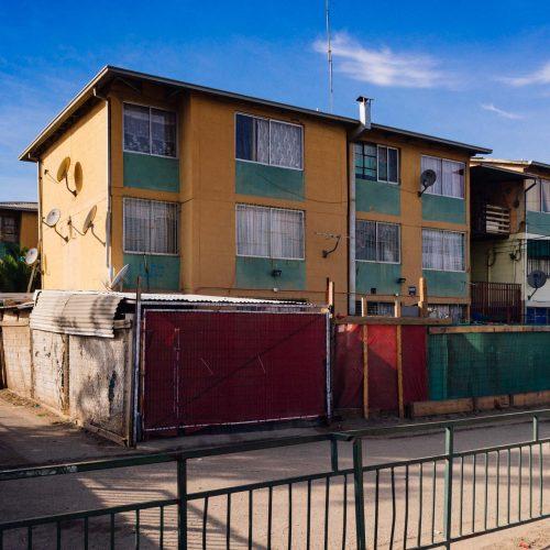 edificios de vivienda social en Puente Alto, Región metropolitana, Chile